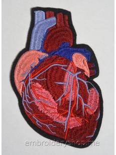 Дизайн машинной вышивки Сатиновое сердце hrt0016